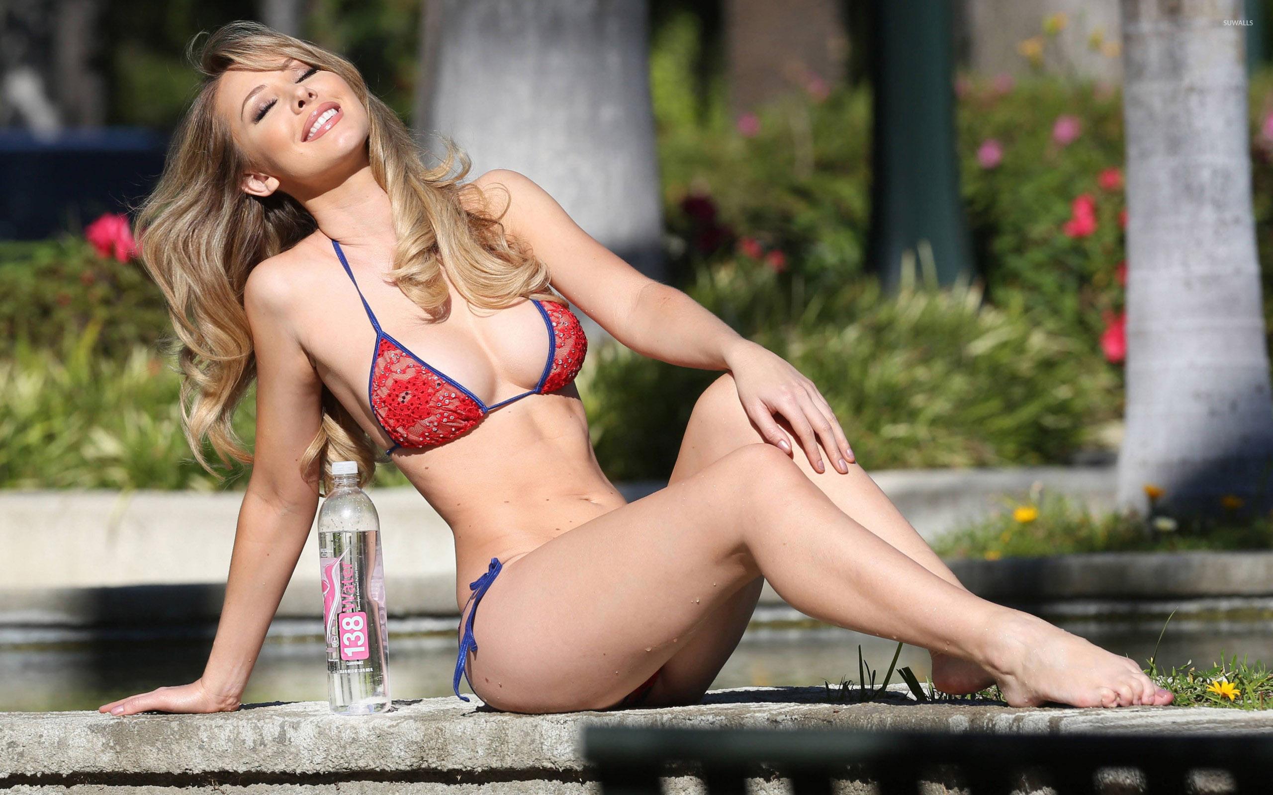 Sorel Carradine Nude Photos 35