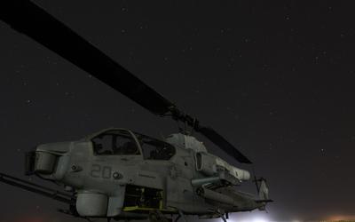 Bell AH-1 SuperCobra at night wallpaper