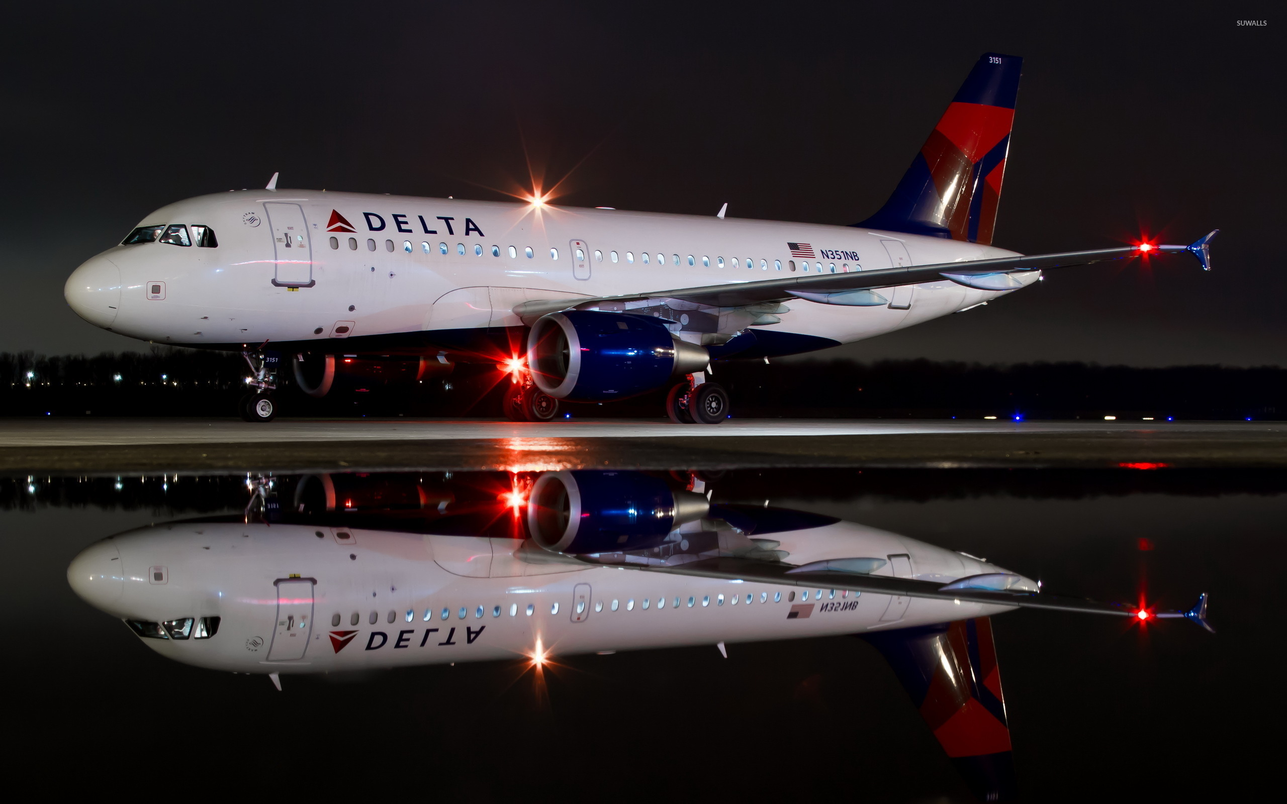 Great Wallpaper Night Airplane - delta-airbus-a319-at-night-48336-2560x1600  Collection.jpg