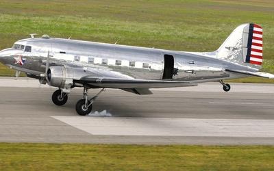 Douglas C-47 Skytrain wallpaper