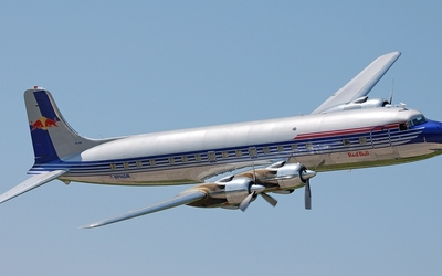 Douglas DC-6 wallpaper