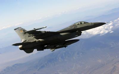 General Dynamics F-16 Fighting Falcon [12] wallpaper