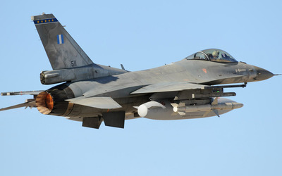 General Dynamics F-16 Fighting Falcon [18] wallpaper