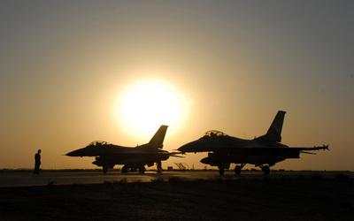 General Dynamics F-16 Fighting Falcon [10] wallpaper