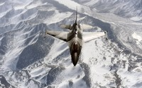 General Dynamics F-16C Fighting Falcon wallpaper 2560x1600 jpg
