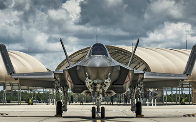 Lockheed Martin F-35 Lightning II [4] wallpaper