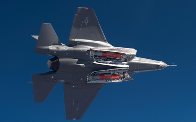 Lockheed Martin F-35 Lightning II wallpaper
