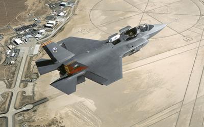 Lockheed Martin F-35 Lightning II [8] wallpaper