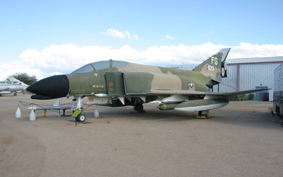McDonnell Douglas F-4 Phantom II [2] wallpaper