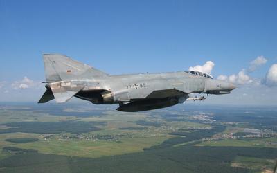 McDonnell Douglas F-4 Phantom II wallpaper
