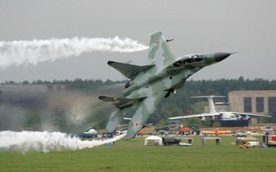 Mikoyan MiG-29 wallpaper