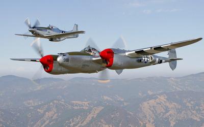 North American P-51 Mustang and Lockheed P-38 Lightning wallpaper