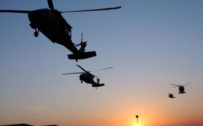 Sikorsky UH-60 Black Hawk [3] wallpaper
