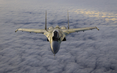 Sukhoi Su-35 above the clouds wallpaper