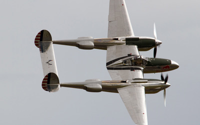 Top view of a Lockheed P-38 Lightning Wallpaper
