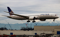 United Airline 787-9 wallpaper 2560x1600 jpg