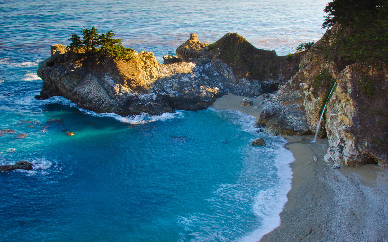 Amazing Water In Julia Pfeiffer Burns State Park Wallpaper Beach