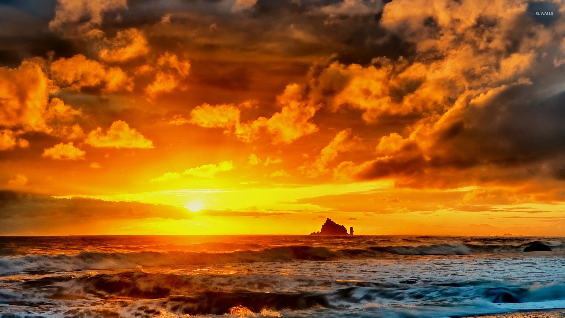 beautiful clouds at sunset wallpaper - beach wallpapers - #45067