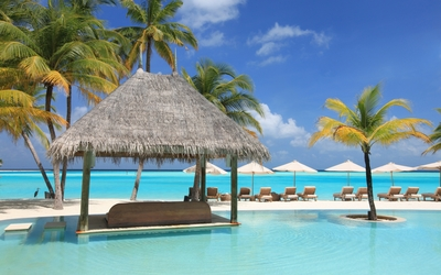 Beautiful resort in Maldives wallpaper