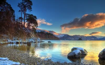 Beautiful winter sunset at the lake wallpaper