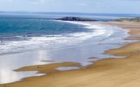 Foamy waves on sandy beach wallpaper 3840x2160 jpg