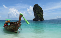 High rocky island in the ocean wallpaper 3840x2160 jpg