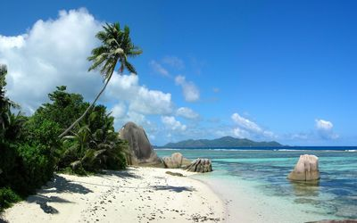 La Digue - Seychelles wallpaper
