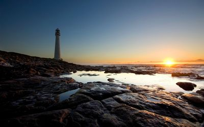 Lighthouse in the sunrise wallpaper
