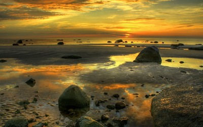Mossy rocks at sunset wallpaper