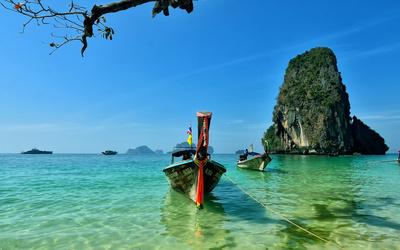 Railay Beach in Thailand wallpaper