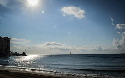 Sailboat by El Cura beach wallpaper