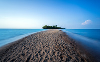 Sandy path to the forest island wallpaper 3840x2160 jpg