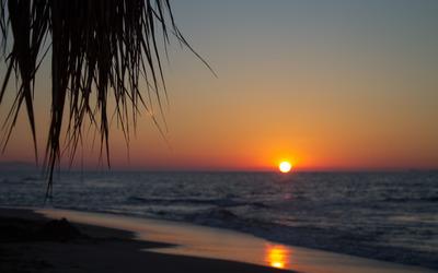 Sunset on the beach [2] Wallpaper