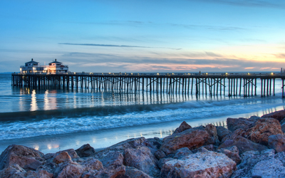 Sunset over Malibu Pier wallpaper