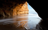 Waves in the cave wallpaper 2560x1600 jpg