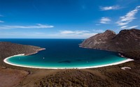 Wineglass Bay wallpaper 1920x1200 jpg
