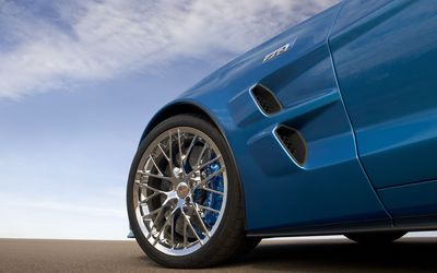 2009 Chevy Corvette ZR1 wallpaper