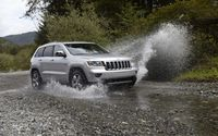 2011 Jeep Grand Cherokee crossing through a small river wallpaper 1920x1200 jpg