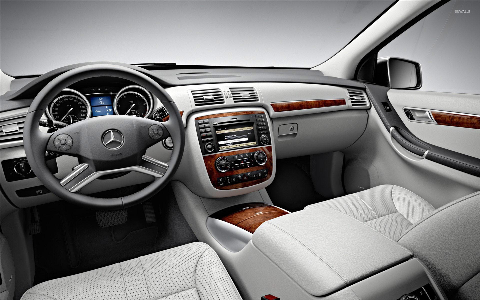 Mercedes r class interior