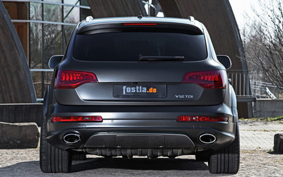 2012 Fostla Audi Q7 back view wallpaper