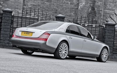 2013 A Kahn Design Maybach 57 S back side view wallpaper