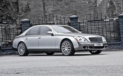 2013 A Kahn Design Maybach 57 S front side view wallpaper