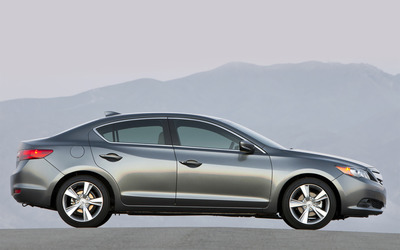 2013 Acura ILX [2] wallpaper