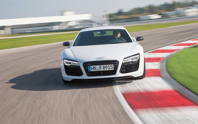 2013 Audi R8 V10 Coupe [5] wallpaper