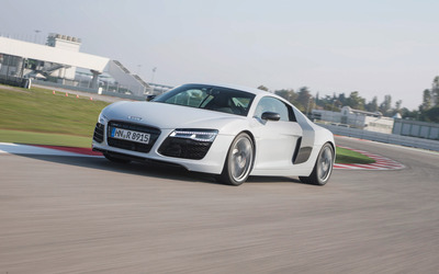 2013 Audi R8 V10 Coupe [10] wallpaper