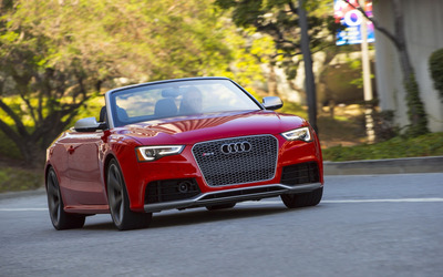 2013 Audi RS5 Cabriolet front view wallpaper