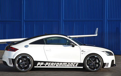 2013 Audi TT RS [3] wallpaper