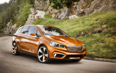 2013 BMW Concept Active Tourer wallpaper