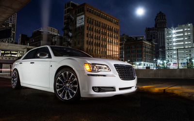 2013 Chrysler 300 Motown Edition wallpaper