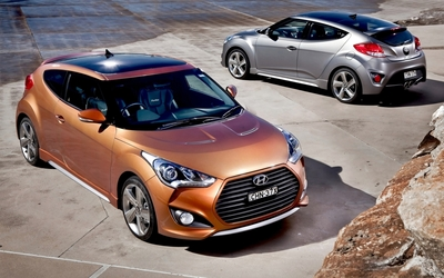 2013 Hyundai Veloster Coupe wallpaper